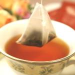 「紅茶ティーバッグの再利用法3つ」ティーバッグは1回使うだけじゃ勿体ない!